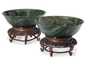 A PAIR OF CHINESE GREEN JADE B
