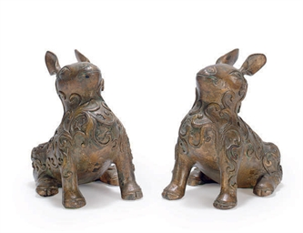 A PAIR OF GILT-BRONZE AND LACQ
