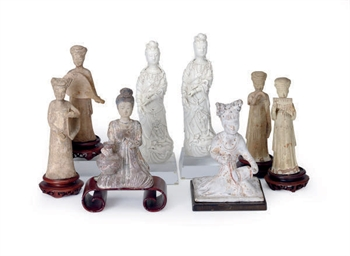 A GROUP OF CHINESE PORCELAIN A