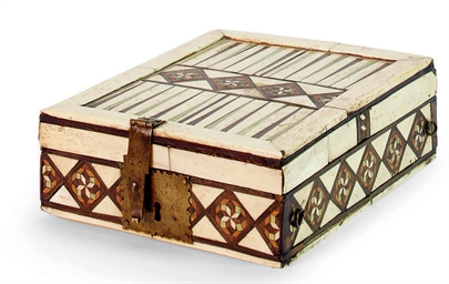 A BONE INLAID HARDWOOD GAME BO