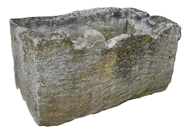 A COTSWOLD STONE TROUGH