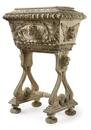 A FRENCH CARVED OAK AND GESSO