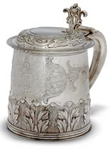 AN EDWARDIAN SILVER REPRODUCTION OF A CHARLES II TANKARD