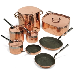 A VICTORIAN COPPER BATTERIE DE