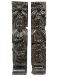 A PAIR OF ENGLISH OAK CARYATID