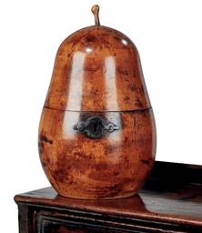 A GEORGE III FRUITWOOD PEAR-SH