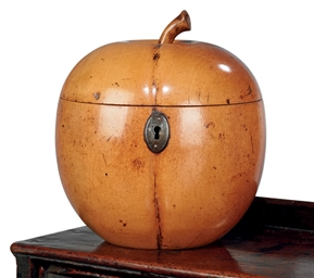 A GEORGE III FRUITWOOD PEACH-S