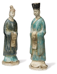 A PAIR OF CHINESE GLAZED POTTE