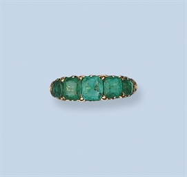 AN EMERALD FIVE-STONE RING