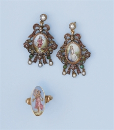 A PAIR OF ANTIQUE GEM SET AND