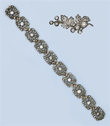 A ROSE-CUT DIAMOND BRACELET, N