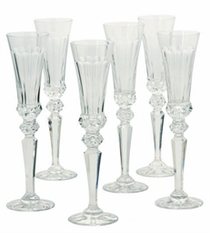 SEVENTEEN FRENCH GLASS CHAMPAG