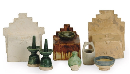 SEVEN CHINESE POTTERY MINIATUR