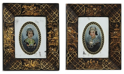 A PAIR OF REGENCY REVERSE-PAIN
