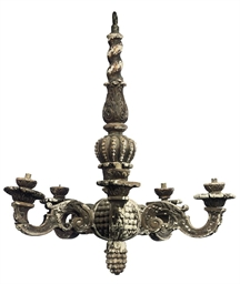 AN ENGLISH GILTWOOD FIVE-LIGHT
