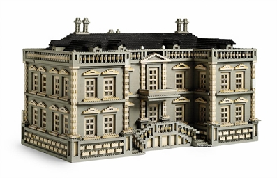 A LEGO MODEL OF A PALLADIAN HO