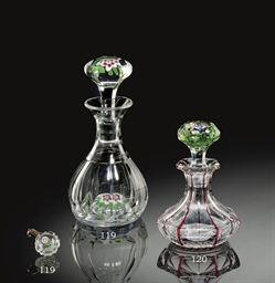 A BACCARAT FACETED GLASS FLORA