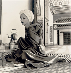 Woman in Moroccan Palace (Lisa