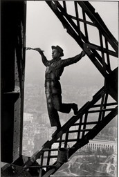 The Painter of the Eiffel Towe