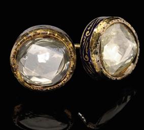 A PAIR OF GOLCONDA DIAMOND STU
