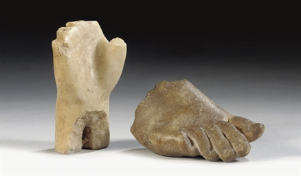 A ROMAN MARBLE FOOT FRAGMENT