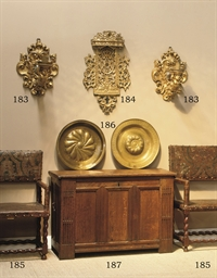 A PAIR OF GILTWOOD WALL APPLIQ