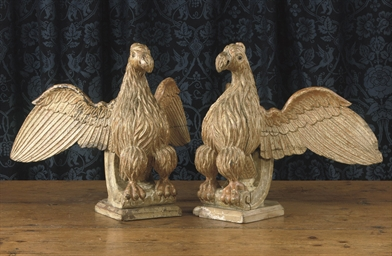 A PAIR OF GILT CARVED WOOD EAG