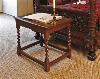 AN ENGLISH OAK TABLE