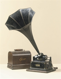 AN EDISON 'GEM' PHONOGRAPH