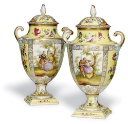 A PAIR OF MEISSEN-STYLE TWO-HA