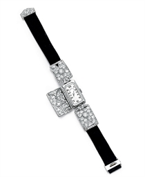 AN ART DECO DIAMOND BRACELET W