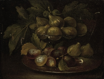 Figs in a glass bowl, with plu