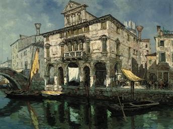 A palazzo on a Venetian backwa