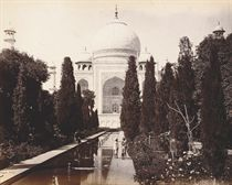 A large collection views of India, Ceylon and Singapore, including: the Taj Mahal, Agra; Red Fort, Delhi; Benares; Amber Fort, Jaipur; Palace of the Winds, Jaipur; Madura; Madras; Calcutta; Caves at Elephanta; Lucknow, Colombo, Kandy and Singapore