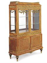 A FRENCH ORMOLU-MOUNTED BOIS CITRONNIER AND PARQUETRY VITRINE-CABINET