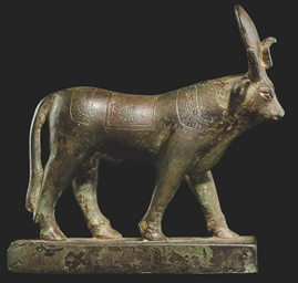 A LARGE EGYPTIAN BRONZE APIS B