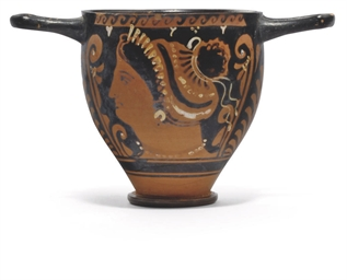 AN APULIAN RED-FIGURE SKYPHOS