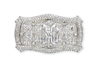 AN ART DECO DIAMOND BROOCH, BY MARCUS