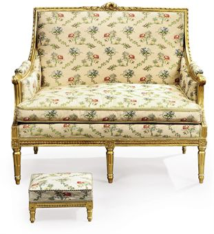 A LOUIS XVI GILTWOOD CANAPE AND A LOUIS XV STYLE GILTWOOD STOOL