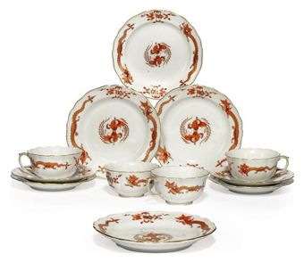 A MEISSEN 'RED DRAGON' PATTERN PART TEA SERVICE