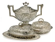 AN AMERICAN SILVER PART TABLE SERVICE,