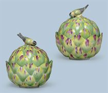 A PAIR OF CHELSEA PORCELAIN ARTICHOKE TUREENS AND COVERS