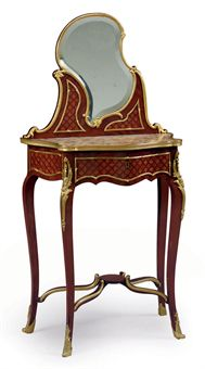 A FRENCH ORMOLU-MOUNTED KINGWOOD AND PARQUETRY DRESSING TABLE