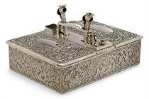 A LATE VICTORIAN SILVER CIGAR BOX