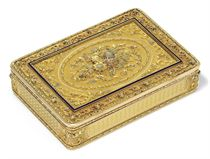 A GERMAN THREE-COLOUR GOLD AND PLATINUM SNUFF-BOX WITH ENAMEL RIM