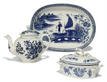 A LOWESTOFT BLUE AND WHITE BUTTER-TUB AND COVER, TEAPOT AND COVER AND A CAUGHLEY OVAL DISH