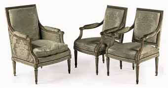 SUITE OF FRENCH GREY-PAINTED BEECHWOOD SEAT FURNITURE