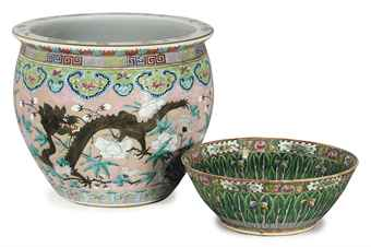 A CHINESE 'CANTON FAMILLE ROSE' PUNCH BOWL AND A FAMILLE ROSE FISH BOWL,