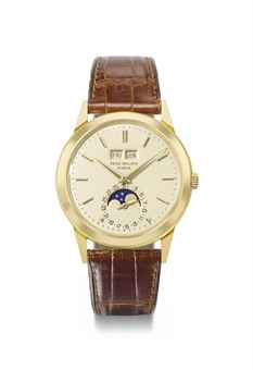 Patek Philippe. A very fine and attractive 18K gold automatic perpetual calendar wristwatch with moon phases
