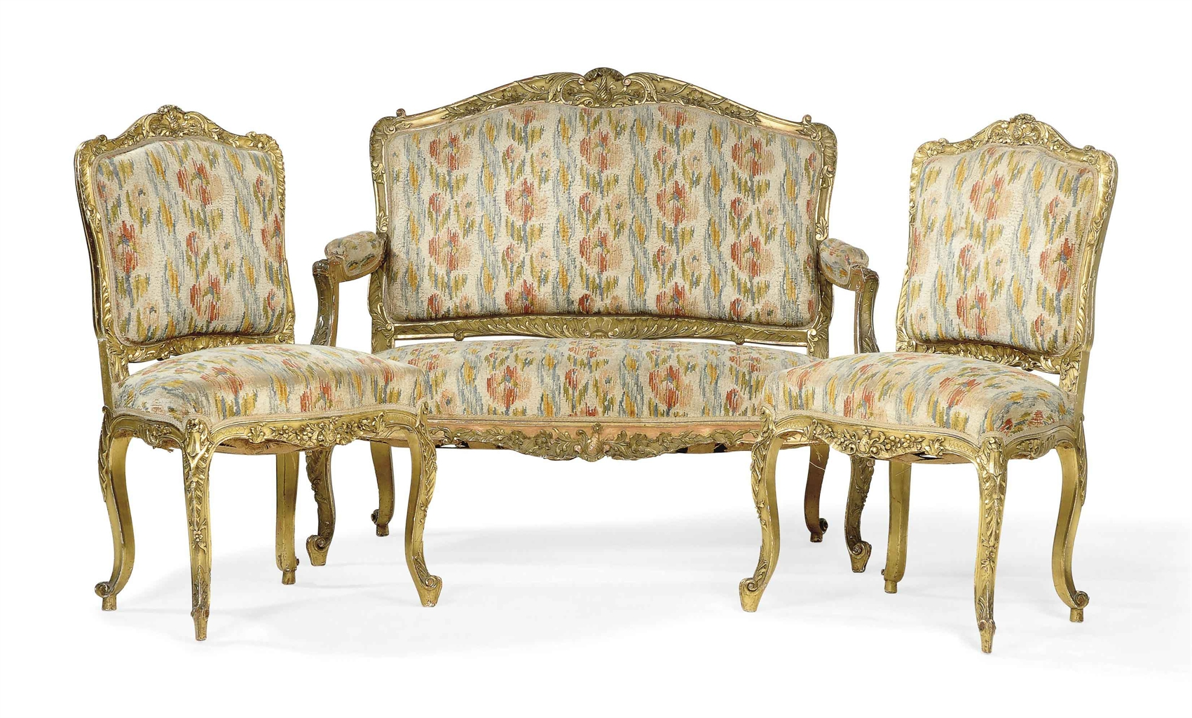 A french giltwood three piece salon suite of louis xv for Salon louis 15